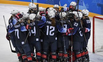 «Χρυσές» οι ΗΠΑ στο χόκεϊ επί πάγου στις γυναίκες