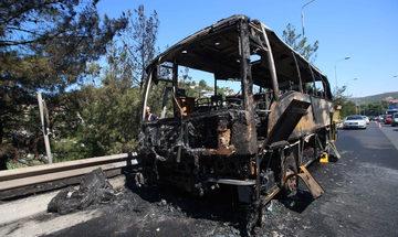 Θεσσαλονίκη: Φωτιά σε σταθμευμένο τουριστικό λεωφορείο