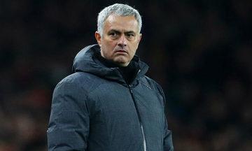 Μουρίνιο: «Χειρότερος προπονητής ο Ντε Μπουρ»