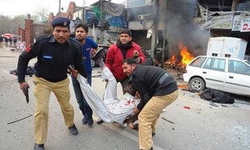 Λουτρό αίματος στο Πακιστάν