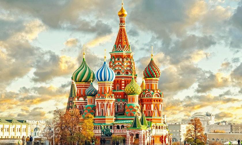 Στις κάλπες οι Ρώσοι για τις προεδρικές εκλογές