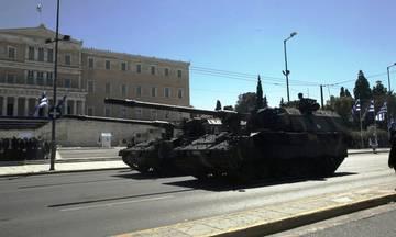 Live η στρατιωτική παρέλαση της Αθήνας