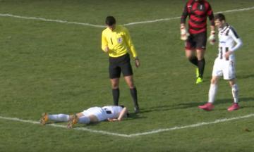 Συγκλονιστικό βίντεο - Ο Μπόμπαν πεθαίνει μέσα στο γήπεδο