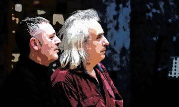 Γιάννης Αγγελάκας και Παύλος Παυλίδης στην Πλατεία Νερού