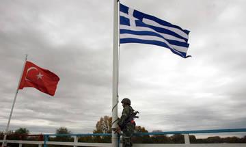 Μπαράζ τουρκικών παραβιάσεων και εικονικές αερομαχίες πάνω από το Αιγαίο
