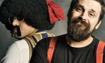 Ο Σπύρος Γραμμένος και ο Αποστόλης Μπαρμπαγιάννης στο Passport