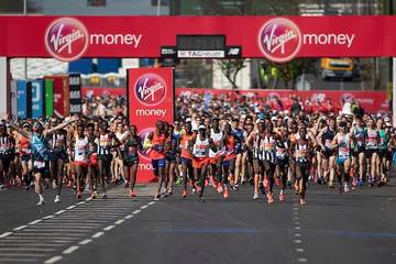 Xωρίς παγκόσμιο ρεκόρ αλλά με συγκινήσεις ο Μαραθώνιος του Λονδίνου