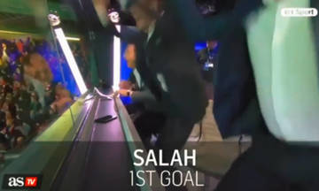 """""""Τρελάθηκε"""" ο Τζέραρντ στα γκολ του Σαλάχ! (vid)"""
