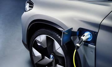 Το πρώτο ηλεκτρικό SUV της BMW (vid)