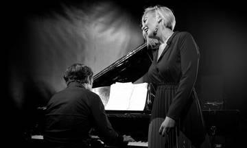 Η Ρίτα Αντωνοπούλου και ο Θοδωρής Οικονόμου στη «Σφίγγα»