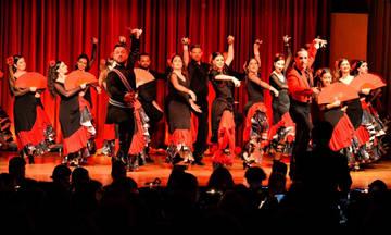 H Carmen σε χοροθεατρική απόδοση Flamenco στο Γυάλινο Μουσικό Θέατρο
