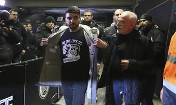 Στην εξέδρα των οργανωμένων ο Σαββίδης στον τελικό Κυπέλλου