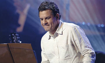 Ο Σταμάτης Σπανουδάκης για δύο συναυλίες στο Θέατρο Παλλάς