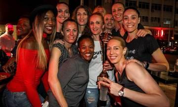 Οι κυρίες του Ολυμπιακού γλέντησαν και πάλι - Δείτε τις νταμπλούχες (pics)