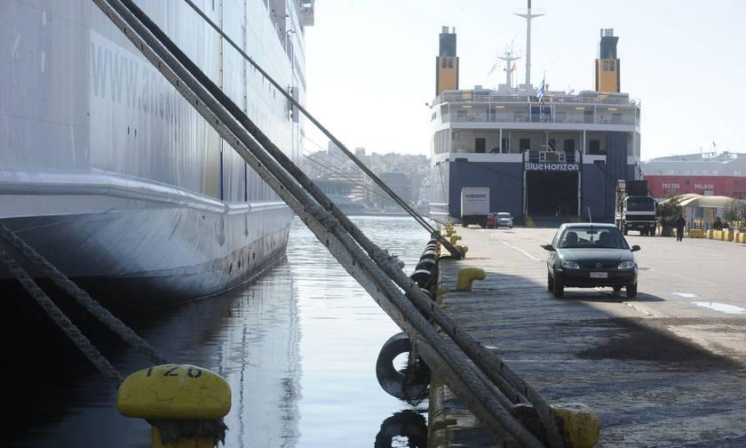Δεμένα τα πλοία στις 30 Μαΐου
