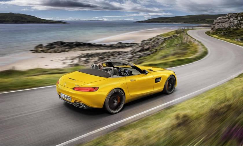 Κούκλα και με 522 ίππους: Η νέα AMG GT S Roadster