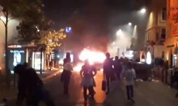Φωτιές και συγκρούσεις στη Μασσαλία μετά τον τελικό! (vids)