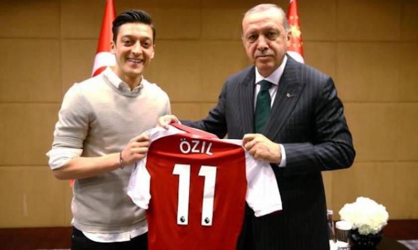 Ο Ερντογάν δεν ... κατάφερε να τους αποκλείσει από την Εθνική Γερμανίας