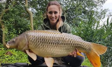 Η εντυπωσιακή ψαριά της Άννας Κορακάκη