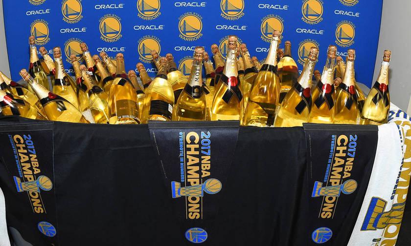 Tριακόσιες σαμπάνιες 400.000 δολλαρίων  στο πάρτι των Γκόλντεν Στέιτ Ουόριορς