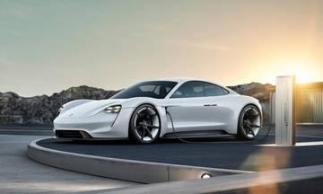 Η ηλεκτρική Porsche θα ονομάζεται Taycan