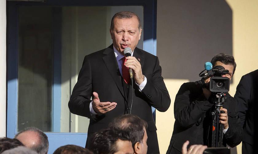 Ο Ερντογάν διώκει 6 ποδοσφαιριστές για ανάμιξη στο πραξικόπημα!