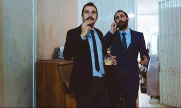«Στα πλάγια»: Βύρωνας Θεοδωρόπουλος και Μιχάλης Μαθιουδάκης στο Θέατρο Ρεματιάς
