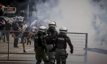 Πεδίο μάχης σε εκδήλωση του ΣΥΡΙΖΑ στη Θεσσαλονίκη (vid)