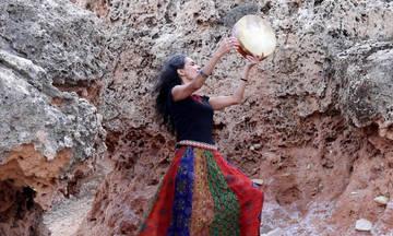 Η Lamia Bèdioui με «Τραγούδια της Μεσογείου» στο Φεστιβάλ Ρεματιάς