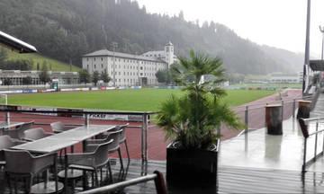 Υπό βροχή το φιλικό του Ολυμπιακού με την Μποτοσάνι (vids)