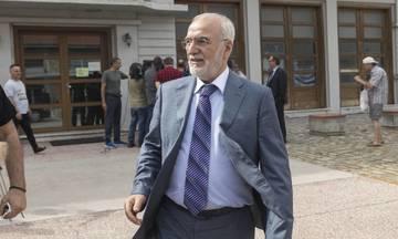 Ο Σαββίδης πληρώνει για τις άστεγες ΠΑΕ