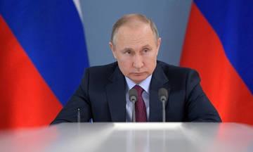Ο Πούτιν κάλεσε στο Κρεμλίνο την εθνική Ρωσίας