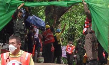 Ταϊλάνδη: Oκτώ παιδιά αναπνέουν ήδη στον καθαρό αέρα (vids)