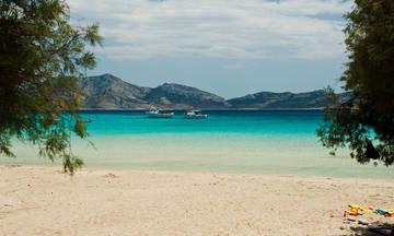 Η καλύτερη παραλία στην Ελλάδα είναι...
