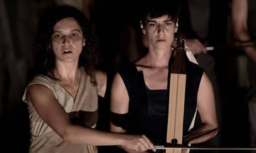 «Χοηφόρες» του Αισχύλου από τους Vasistas στο Αρχαίο Θέατρο Φιλίππων