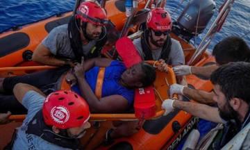 Αστέρας του NBA κάνει τον διασώστη μεταναστών στη Μεσόγειο (pic)