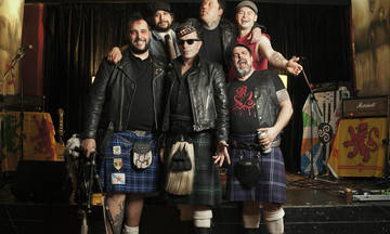 The Real McKenzies 25th Anniversary Show live στο Gagarin 205