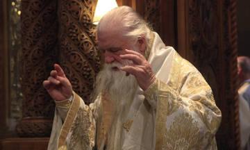 Ιερέας Καλαμάτας σε Αμβρόσιο: «Σκάσε επιτέλους»!