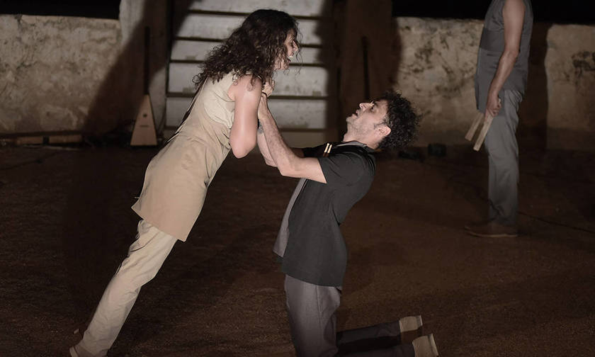 Χοηφόρες, σε σκηνοθεσία Αργυρώς Χιώτη στο Θέατρο Βράχων