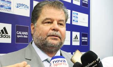 Δεν παίζει μπάλα μόνος του ο Σαβββίδης στα τηλεοπτικά της SuperLeague