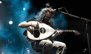 Ο Γιάννης Χαρούλης live στο Φεστιβάλ Αγκίστρου