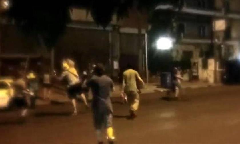 Καρέ – καρέ η επίθεση Ρουβίκωνα στο υπουργείο Υποδομών (Video)