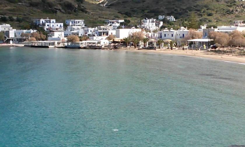 Οι 4 πιο ωραίες παραλίες της Σύρου