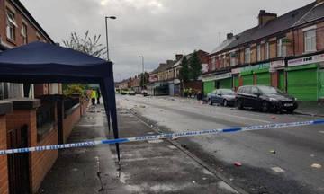 Δέκα τραυματίες από πυροβολισμούς στο Μάντσεστερ – Άγνωστος ο δράστης που διέφυγε