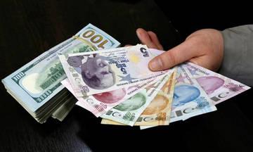 Αντιμέτωπη με τον κίνδυνο κατάρρευσης η τουρκική οικονομία