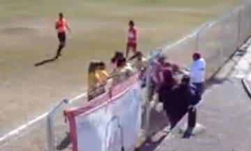Αργεντινή: Απίστευτο ξύλο σε ποδοσφαιρικό αγώνα γυναικών (vid)!