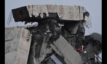 Ιταλία: Κατάρρευση οδογέφυρας με δεκάδες νεκρούς έξω από τη Γένοβα