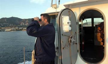 Οινούσσες: Έρευνες του Λιμενικού για τον εντοπισμό τριών αγνοούμενων μετά από ανατροπή λέμβου