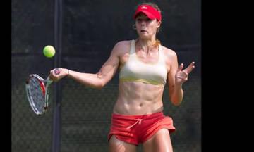 Γαλλίδα τενίστρια γυμνώθηκε σε αγώνα του US Open (vid)