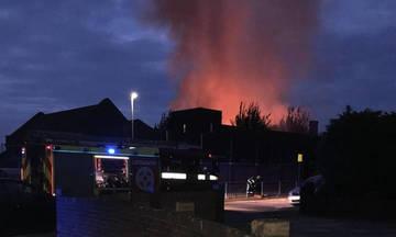 Λονδίνο: Μεγάλη πυρκαγιά σε δημοτικό σχολείο
